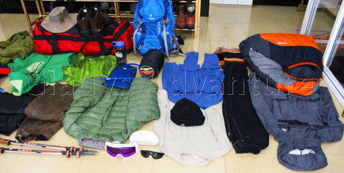 mountain packing list items